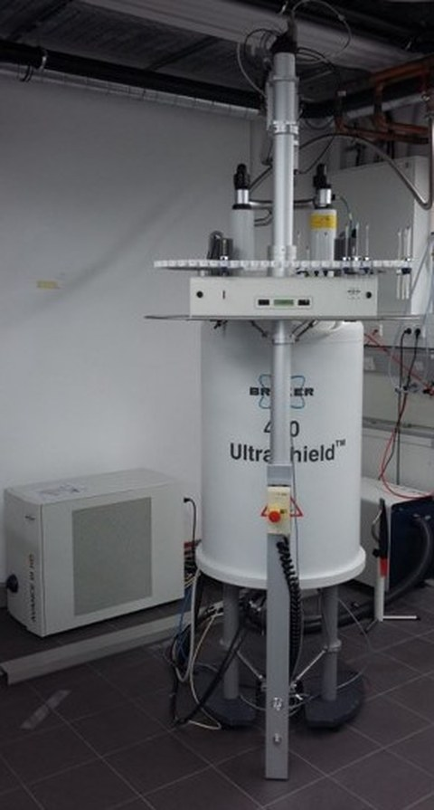 NMR_400MHz