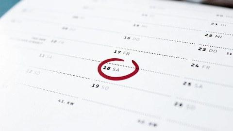 Kalender mit dem 18. rot eingekreist