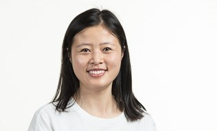 Linlin Wang, portrait