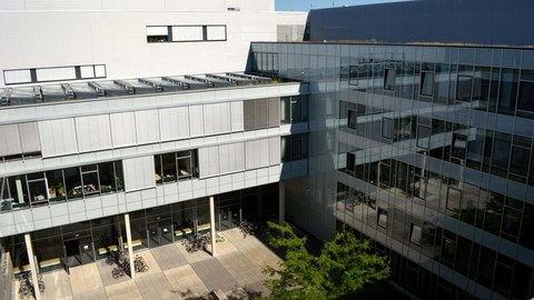 Neubau-Innenhof-von-oben_2 -w