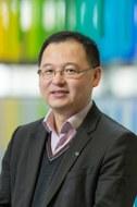 Xinliang Feng
