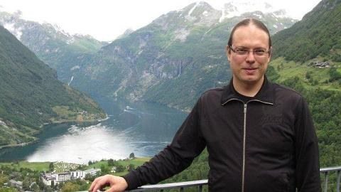 Dr. Erkko Lehtonen