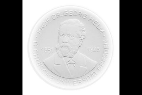 Helm-Medaille