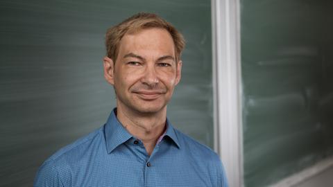 Portrait Professor Schilling