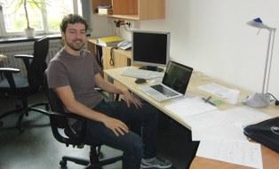 Marco Salvalaglio am Arbeitsplatz
