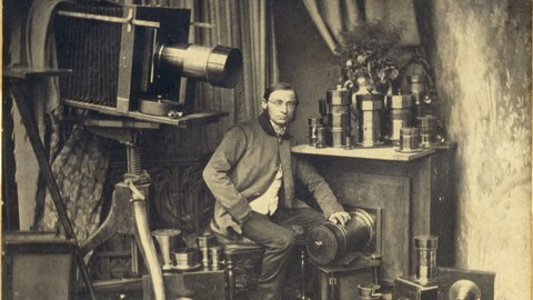 Hermann Krone in seinem Labor