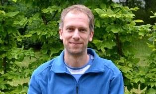 Dr. Frank Siegert