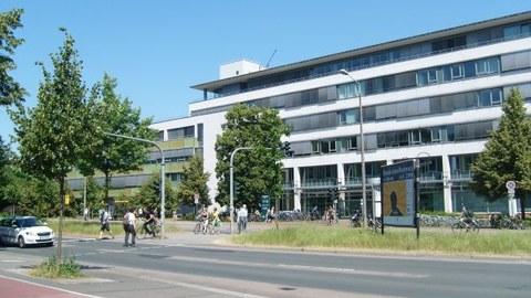 Facade BZW Zellescher Weg 17