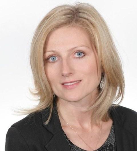 Dr. Dominika Wach