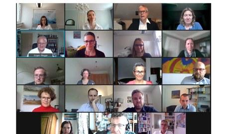 Zoom-Bildscreen des Meetings mit Beteiligten des Institutes für Arbeit und Gesundheit sowie der Fakultät Psychologie