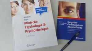 Lehrbuch und Ratgeberbuch