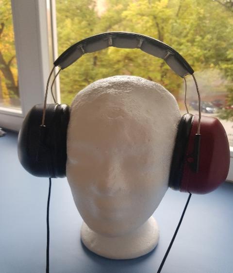 ADHD_Aging_Headphones