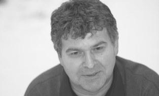 Schwarz-Weiß-Bild von Prof. Herzog