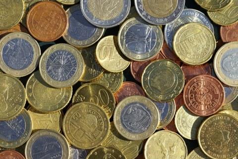 Studienfinanzierung - Geldmünzen
