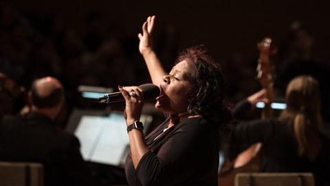 Tichina Vaughn - Sängerin an der Semperoper Dresden hatte zur Immatrikulationsferier einen Auftritt