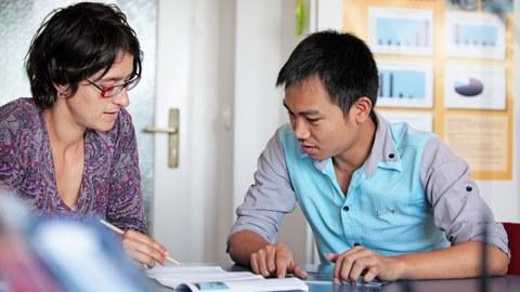 Gespräch mit einem ausländischen Studenten