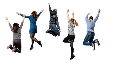 StipendiatInnen springen vor weißem Hintergrund