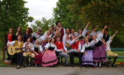 """Folkloretanzensemble """"Thea Maass"""" der TU Dresden"""