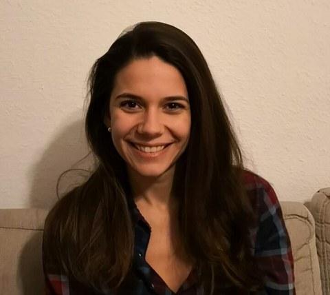 Nia aus Bulgarien