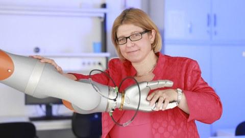 Prof. Dr. Ulrike Thomas