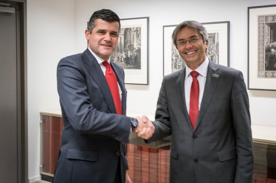 Santander Bank Dresden öffnungszeiten