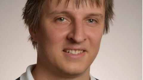 Dr. Axel Lubk