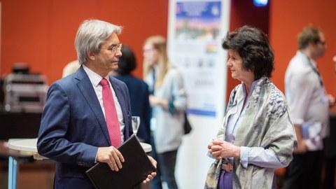 Rektor Hans Müller-Steinhagen mit Wissenschaftsministerin Eva-Maria Stange