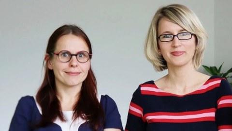 Prof. Anke Langner und Schulleiterin Maxi Heß