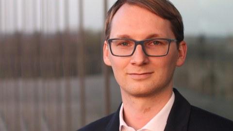Dr. Bernhard Siegmund