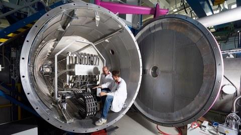 Instrument SANS-1