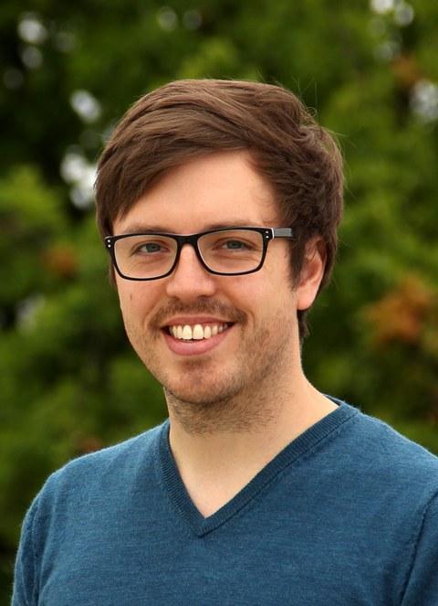 Porträtfoto Dr. Max Gmelch