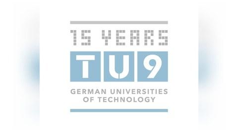 Logo der TU9, Grauer Schriftzug auf weißem Grund
