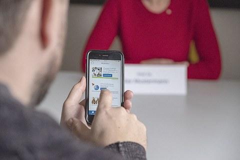 Nicht bis zum Tag X warten, sondern vorher aktiv werden - das Online-Training der TUD-Wissenschaftler zur Bewältigung von Prüfungs- und Vortragsangst ist auf PC, Laptop und Smartphone nutzbar.