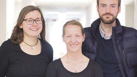 Das VERSO-Team entwickelt barrierefreie und verständliche Informationsangebote: Liane Drößler, Juliane Heidelberger und Jan Langenhorst (v.l.n.r.).