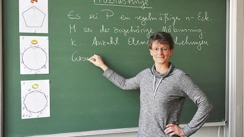 Dr. Antje Noack ist fasziniert von Mathematik.
