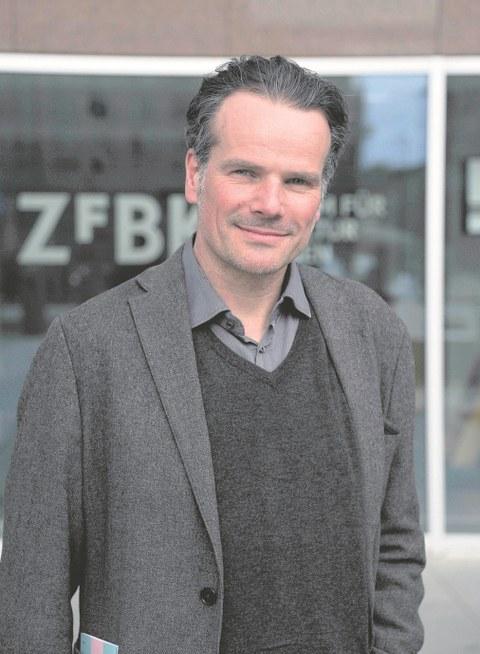 Prof. Jörg Rainer Noennig.
