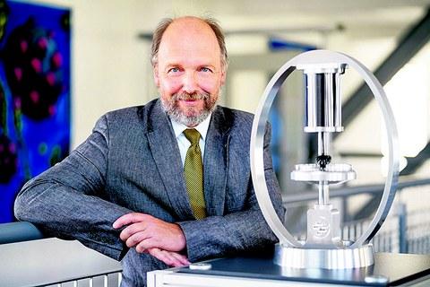 Porträt von Prof. Stefan Odenbach