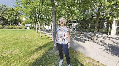 Porträt von Prof. Ellen Hieckmann.