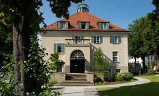 Foto des Rektoratsgebäude