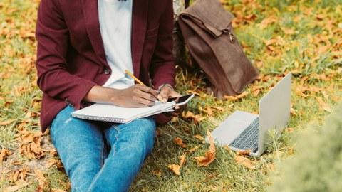 Schreibtisch, Büro, Geschäftsmann, Kaffee, Lernen, Arbeiten, Notizbuch, Homeoffice, Business