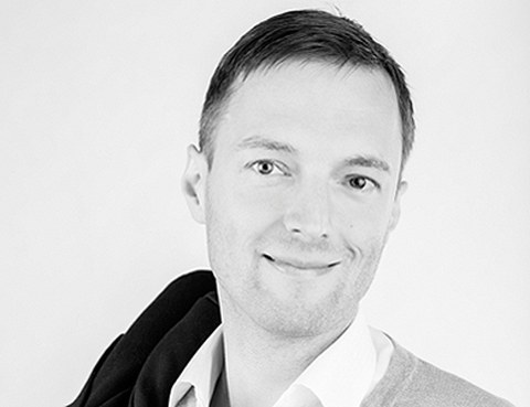 Dr. Matthias Guttke
