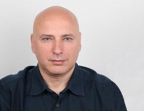 Prof. Thomas Moutos