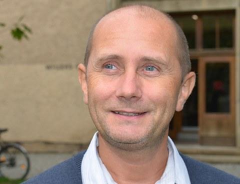 Dr. Christian Sacarea