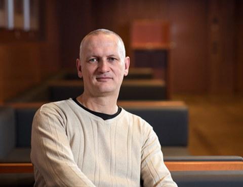 Prof. Klaus Reinhardt