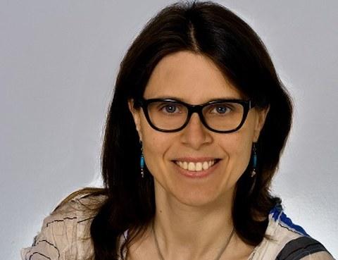 Portrait photo Dr. Laura Carrara