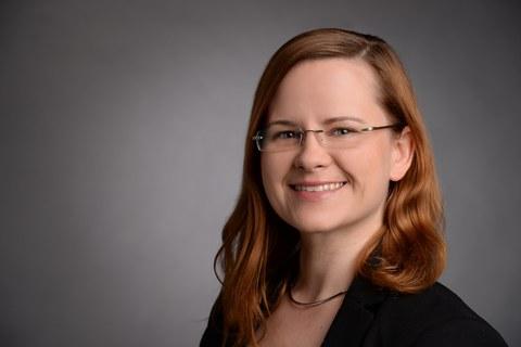 Dr. Selina Olthof