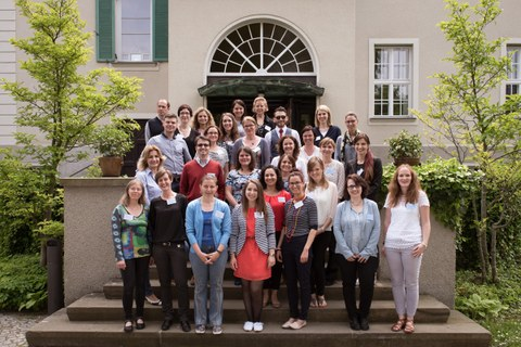 A group picture with all participants and the organizing team in front of the Rectorate of TU Dresden.
