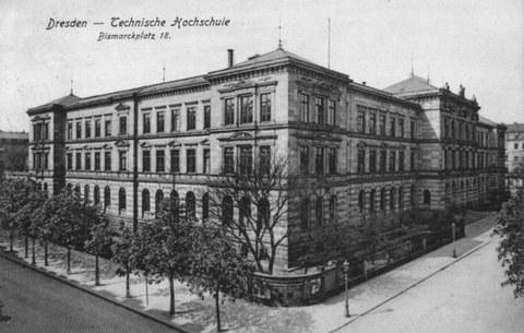 Hauptgebäude des  Polytechnikums am Bismarckplatz