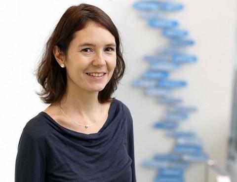 Portrait photo Dr. Anke Fuchs