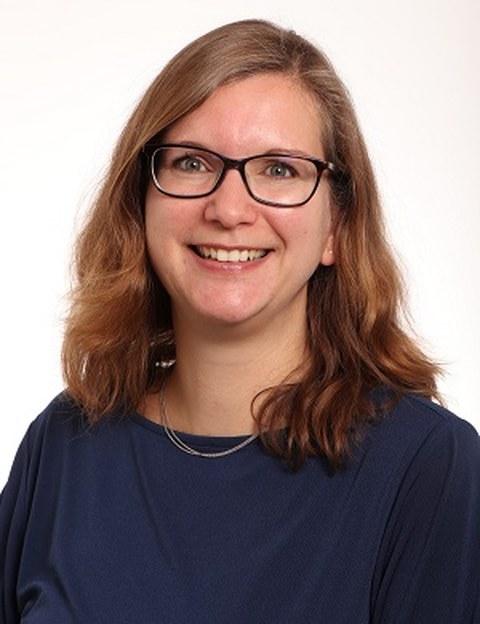 Portrait photo Dr. Kerstin Lenk